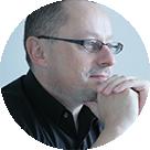 プロノイア・グループ株式会社代表取締役 ピョートル・フェリクス・グジバチ