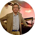 音楽学者 岡田暁生
