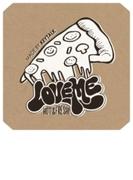 Love me 【シングルCD + DVD + ピンバッジ + ステッカー (特殊パッケージ)】 完全限定生産盤【CDマキシ】