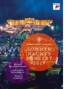 『シェーンブルン夏の夜のコンサート 2017』 クリストフ・エッシェンバッハ&ウィーン・フィル、ルネ・フレミング【DVD】