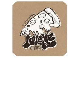 Love me 【シングルCD + DVD + ピンバッジ + ステッカー (特殊パッケージ)】 完全限定生産盤