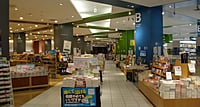 定時社員(書籍または文具) 売場での接客販売と関連業務