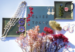 BLISS TOKYO FLOWER ACCESSORIES展