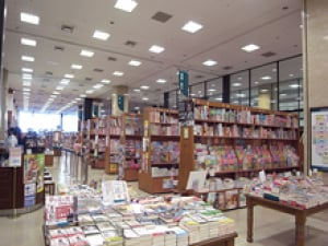 短時間アルバイト(試用期間あり) 店頭での書籍等の商品整理・接客販売